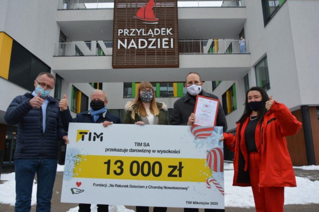 Charytatywna akcja TIM-u: 221 000 zł dla 17 organizacji z całej Polski