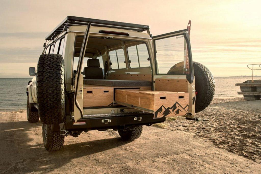 Toyota Land Cruiser – wyprawowy kamper, którym zwiedzisz Afrykę